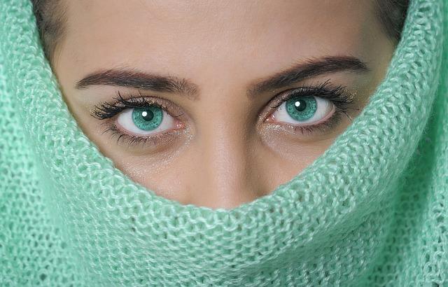 zelené oči.jpg