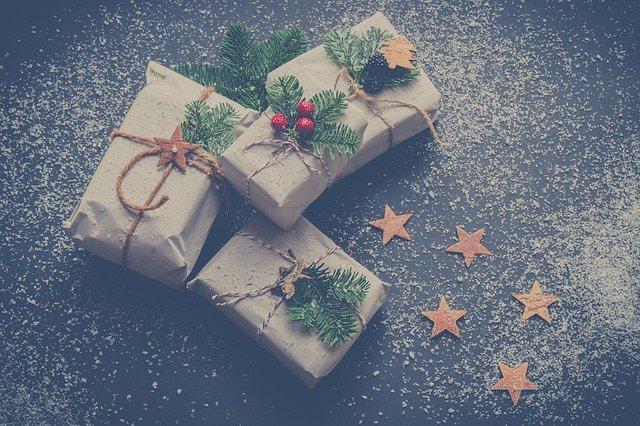štyri darčeky.jpg