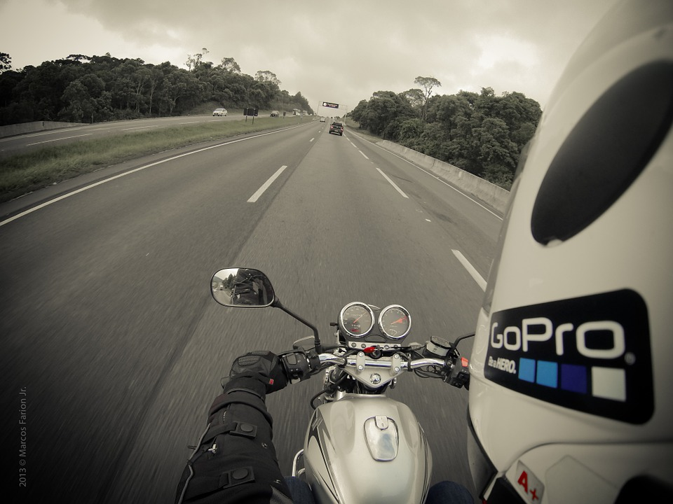motorcycle-345028_960_720